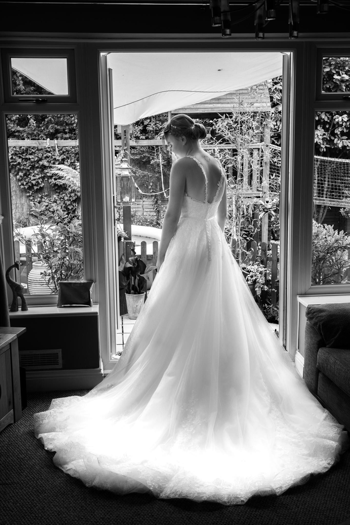 144-Preparations-Luke-Yasmin-The-Rayleigh-Club-Wedding-Photography.jpg