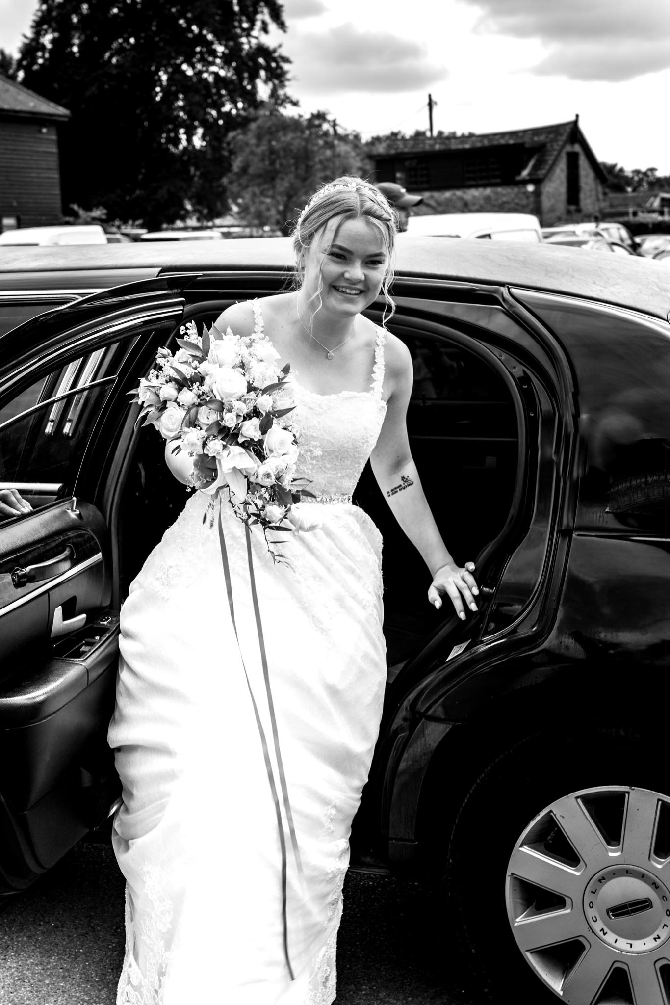 218-Arrivals-Luke-Yasmin-The-Rayleigh-Club-Wedding-Photography.jpg