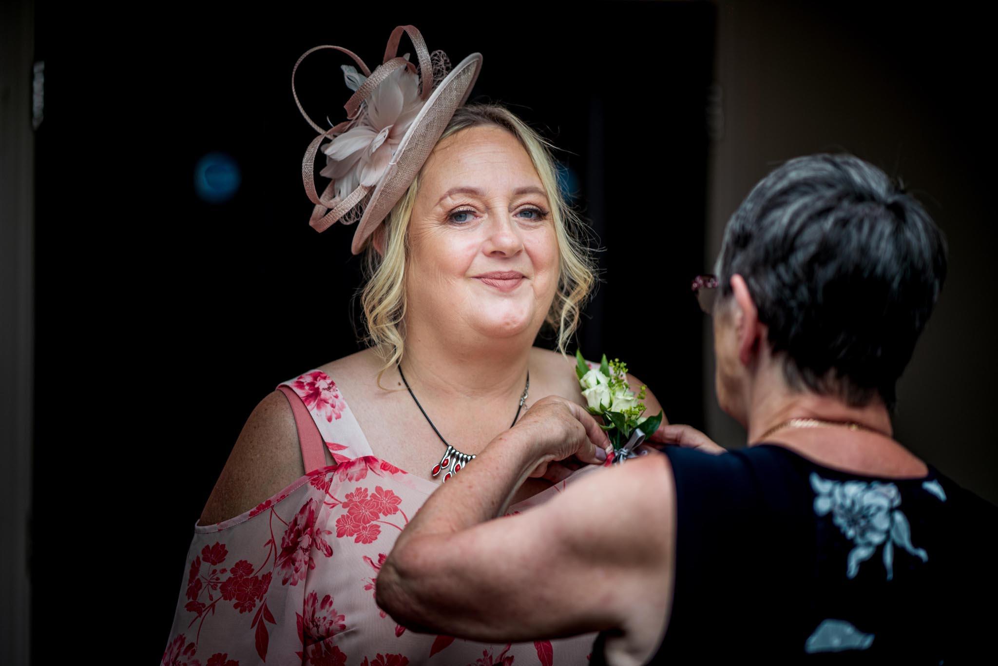 226-Arrivals-Luke-Yasmin-The-Rayleigh-Club-Wedding-Photography.jpg
