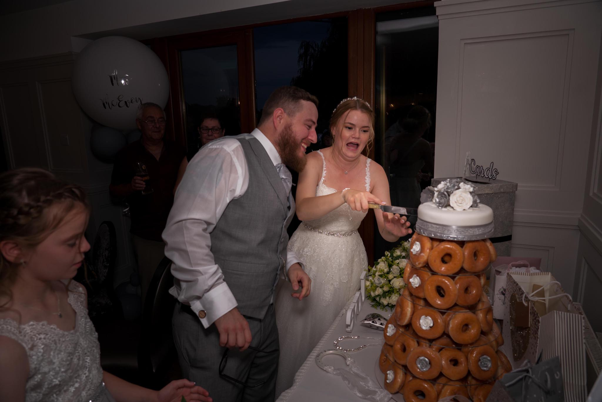 926-Night-Reception-Luke-Yasmin-The-Rayleigh-Club-Wedding-Photography.jpg
