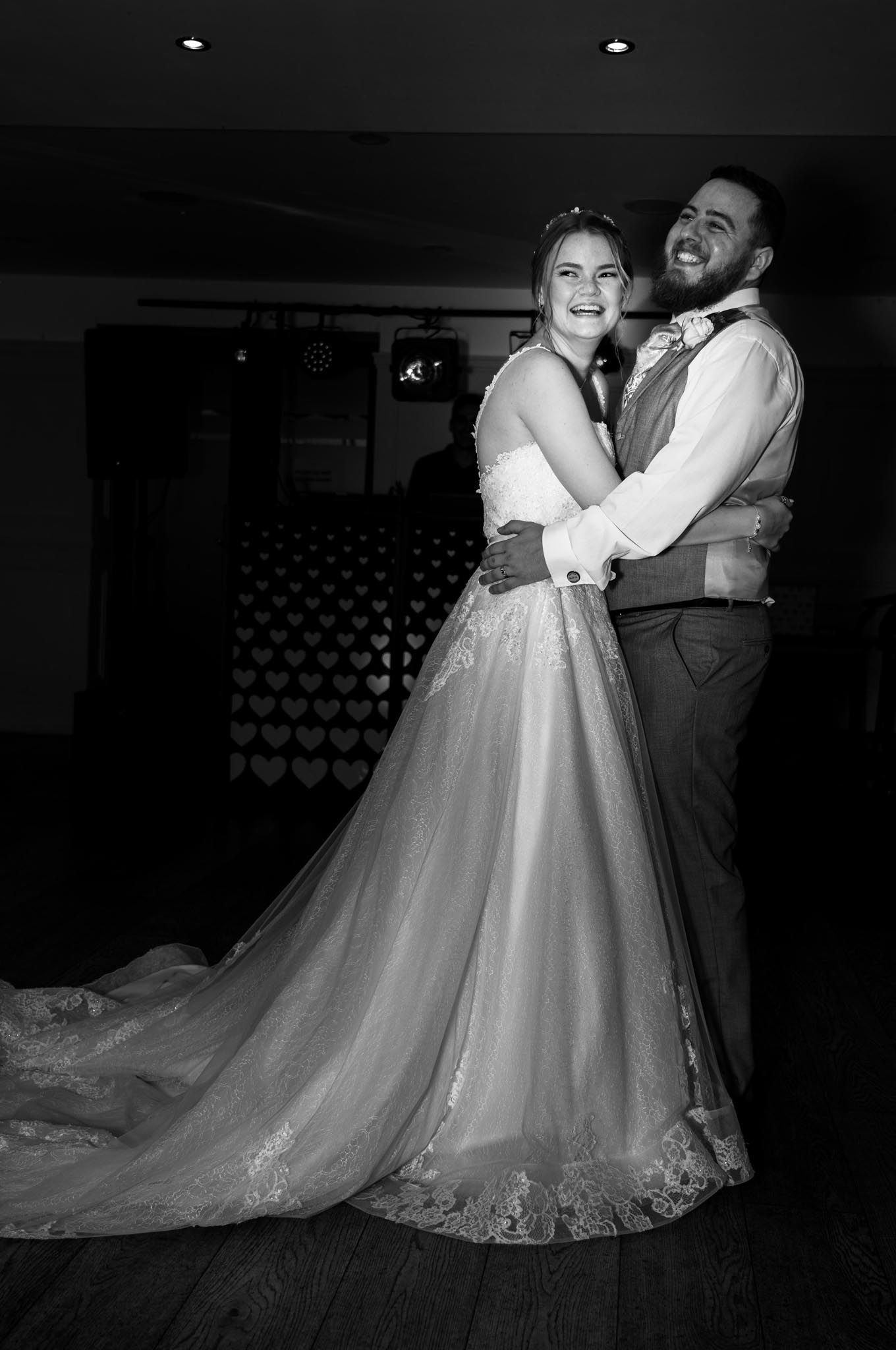 932-Night-Reception-Luke-Yasmin-The-Rayleigh-Club-Wedding-Photography.jpg