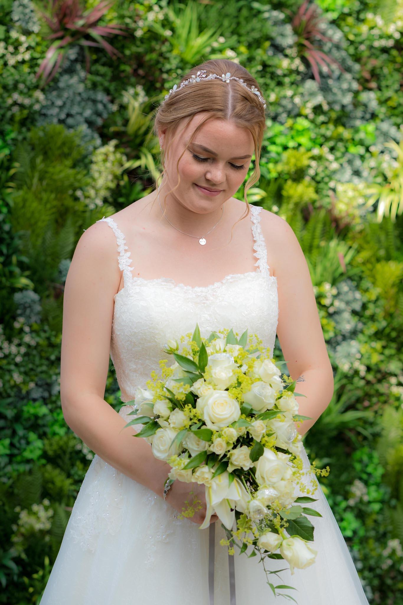 060-Preparations-Luke-Yasmin-The-Rayleigh-Club-Wedding-Photography.jpg