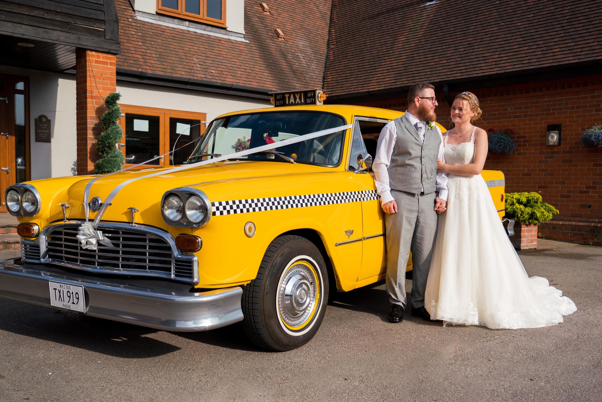 512-Bride-groom-Luke-Yasmin-The-Rayleigh-Club-Wedding-Photography.jpg