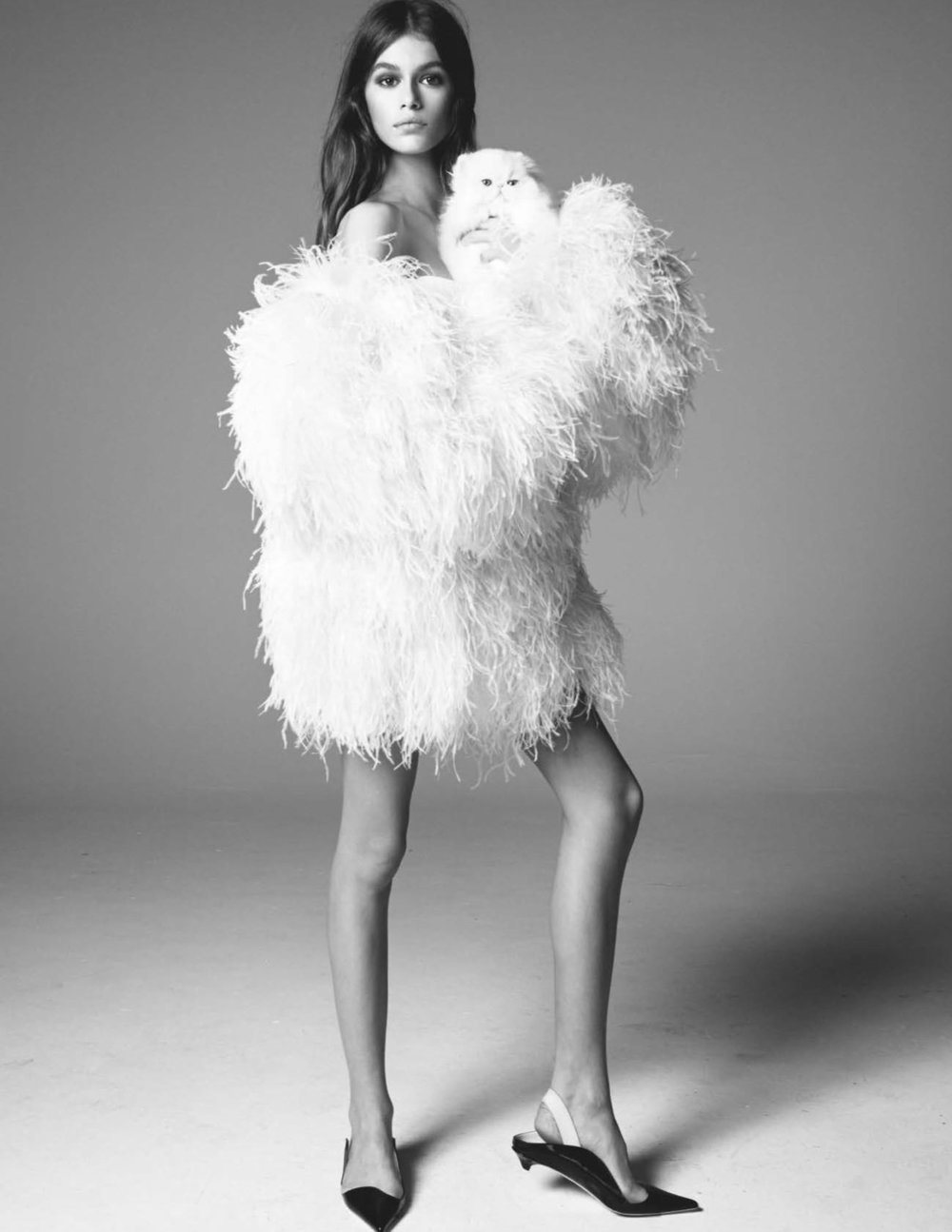 Kaia-Gerber-The-Swan-Steven-Meisel-for-Vogue-UK-March-2018-12.jpg