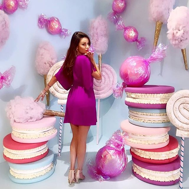 """""""A spoonful of sugar helps the medicine go down.""""—Mary Poppins Just a few days left to capture your own sweet image in our candy themed room... Ticket link in Bio!🍭🍭🍭 @flawlessbycaro"""