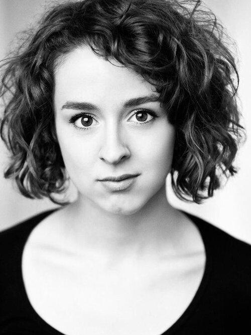 Molly May Gardiner - Singer, Dancer Actress