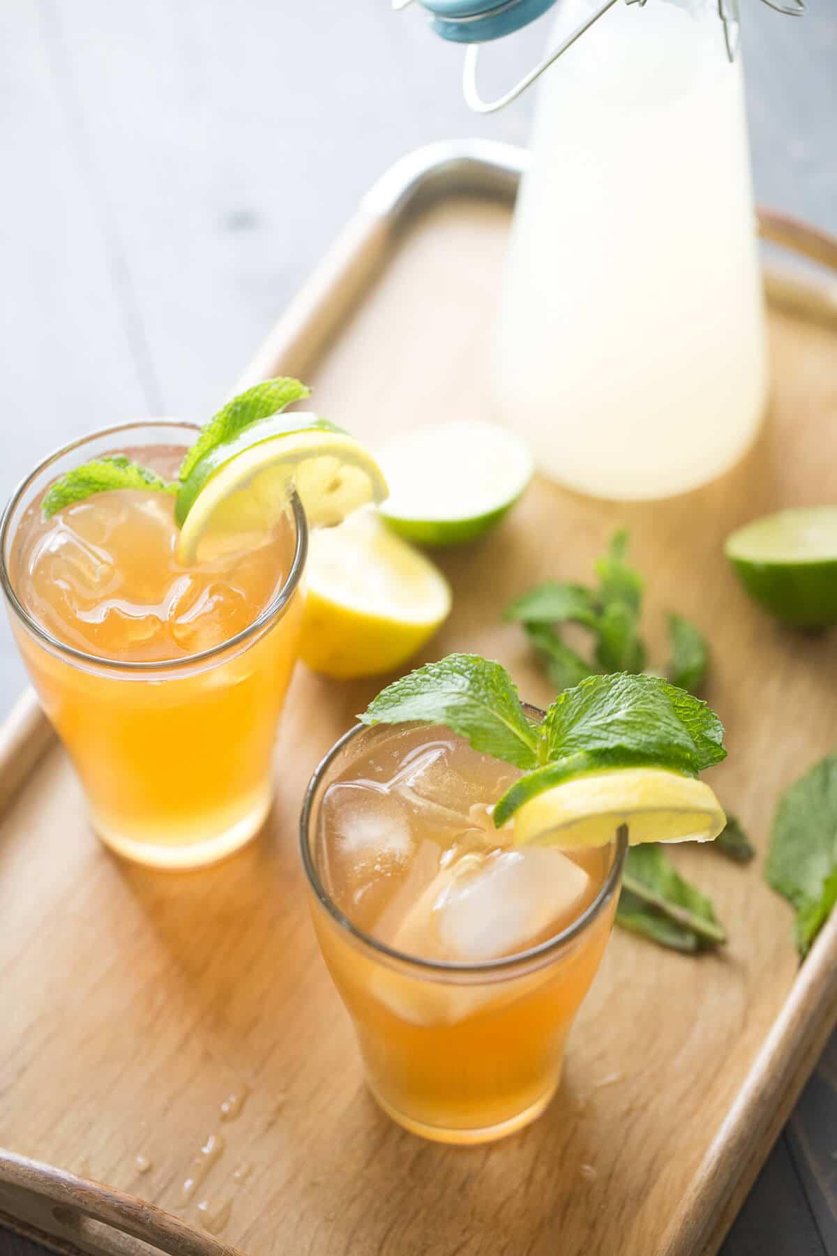 Lemonade-Moscow-Mule-Cocktail-Recipe-2.jpg