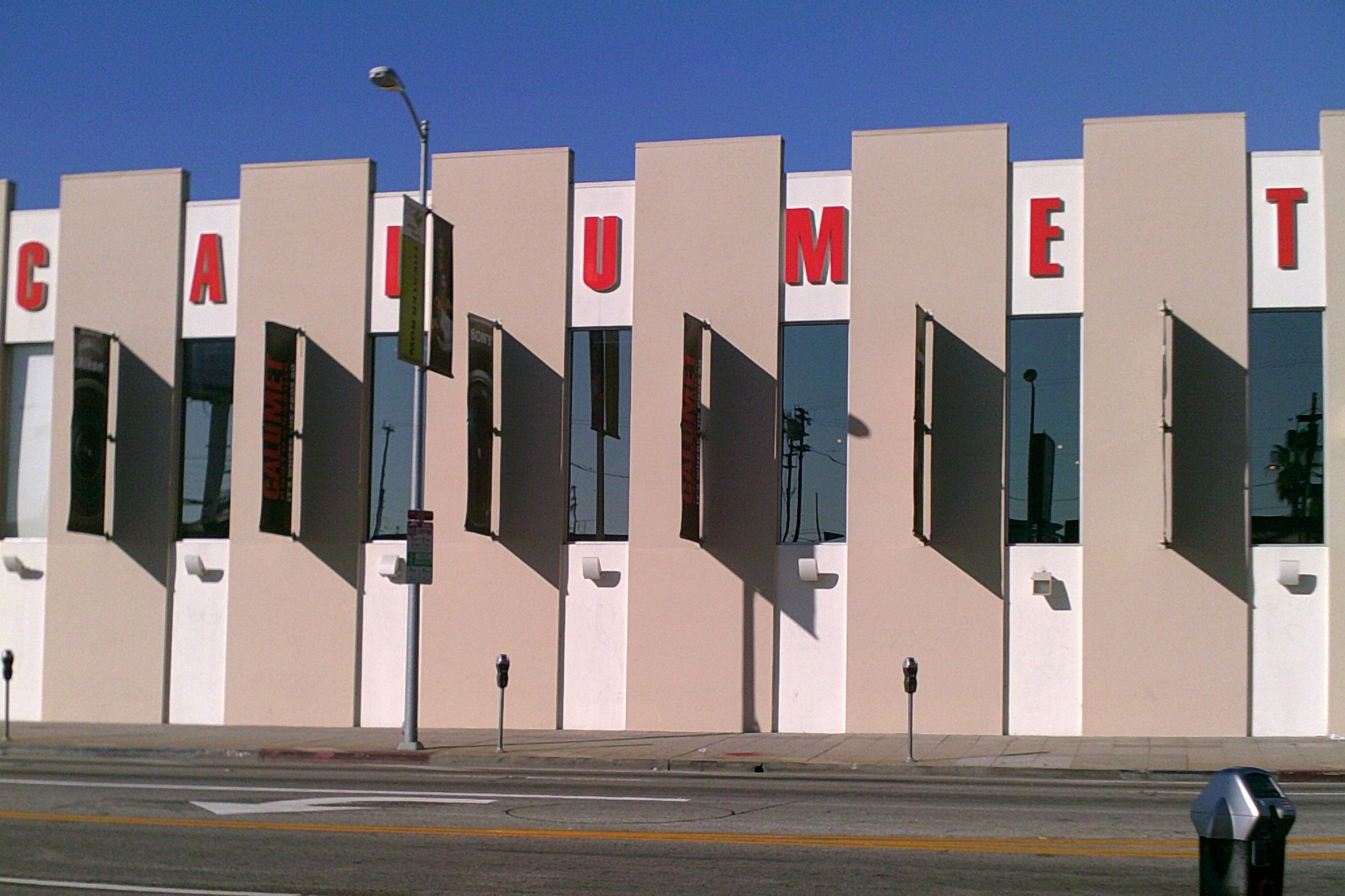 CALUMET PHOTO-GRAPHIC SHOWROOM AND WAREHOUSE - Los Angeles, CASingle story structure of 15,900 square feet with CMU bearing walls and steel joist roof.