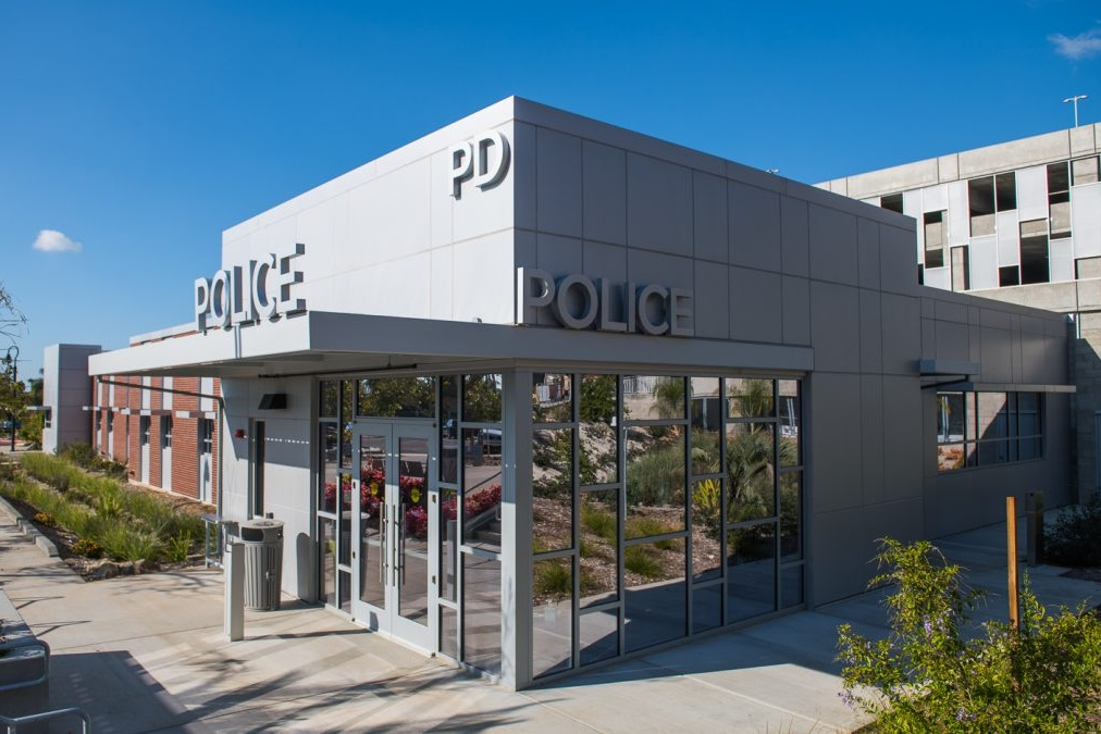 PALOMAR COMMUNITY COLLEGE POLICE OFFICE - San Marcos, CASingle story structure with a structural steel roof and masonry bearing walls with 7,500 square feet.Contractor: McCARTHY BUILDINGArchitect: DELAWIE ARCHITECTURE
