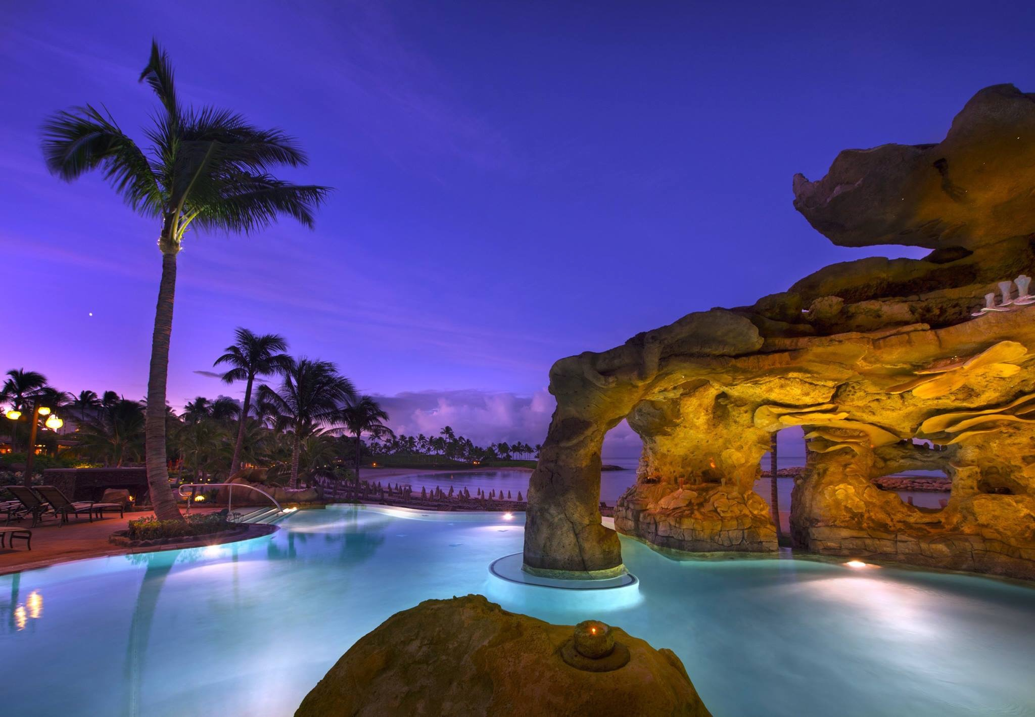Aulani Pool Grotto.JPG