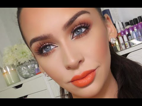 Be daring with this burnt orange and copper look. Give your lips the biggest pop of color, and keep the eyes a bit more subtle. -