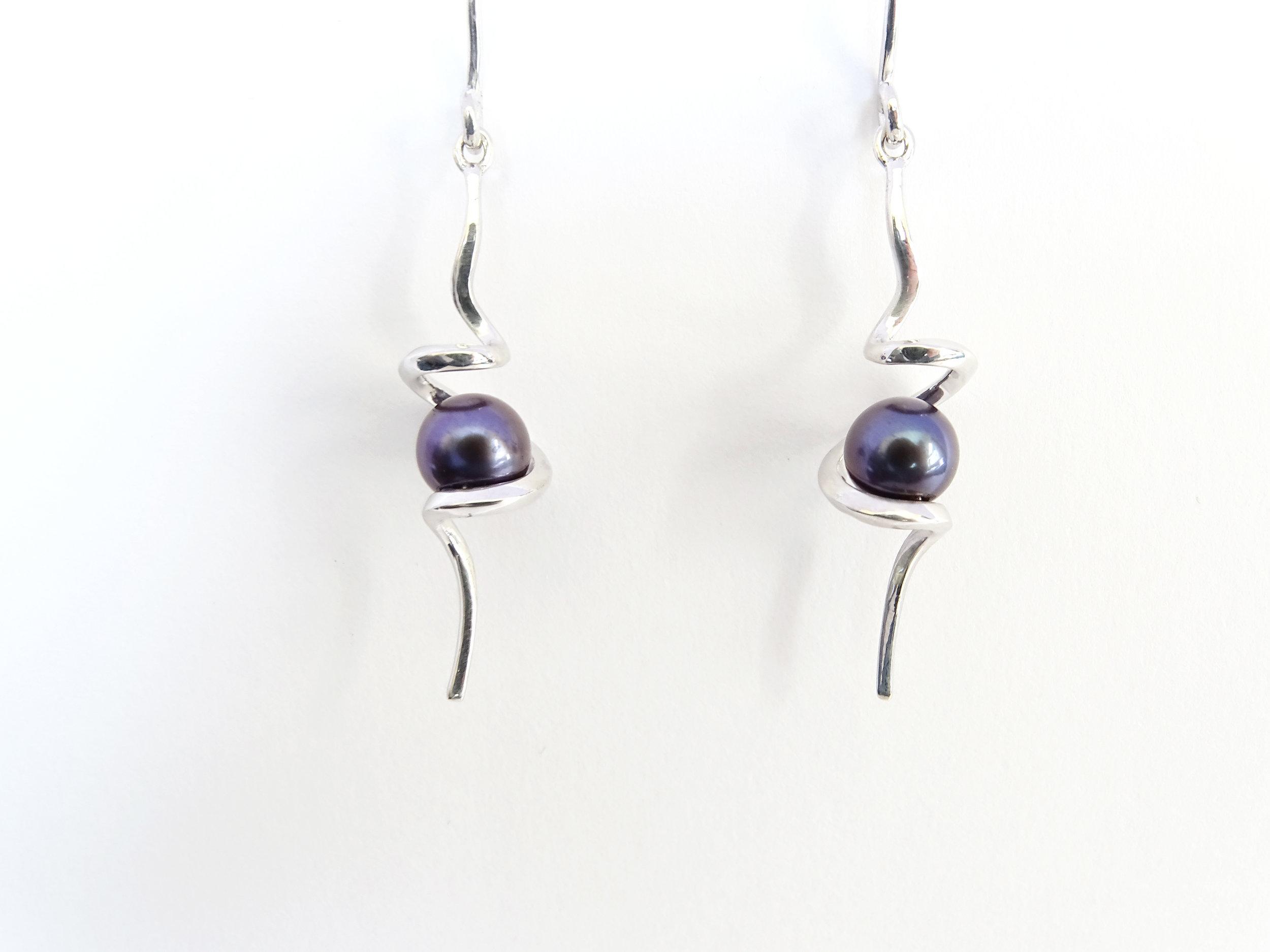Black pearl earring hooks