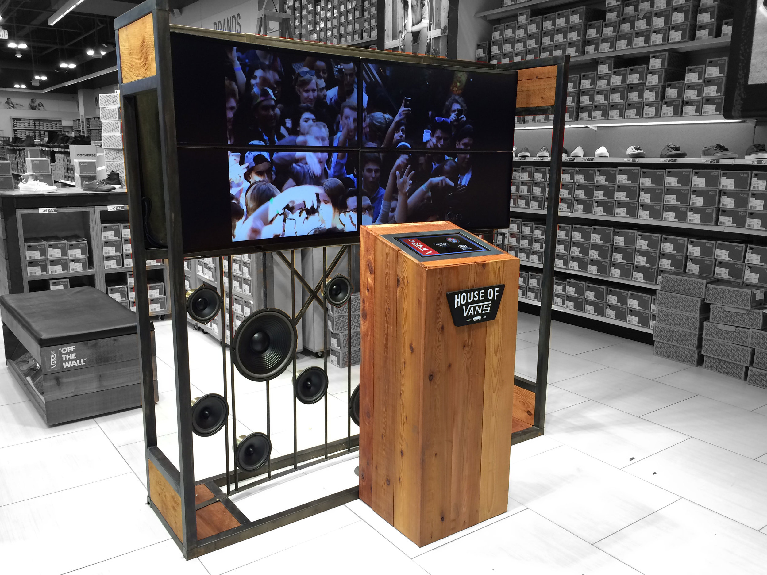 "Vans  - ""House of Vans"" Branded Interactive Kiosk"