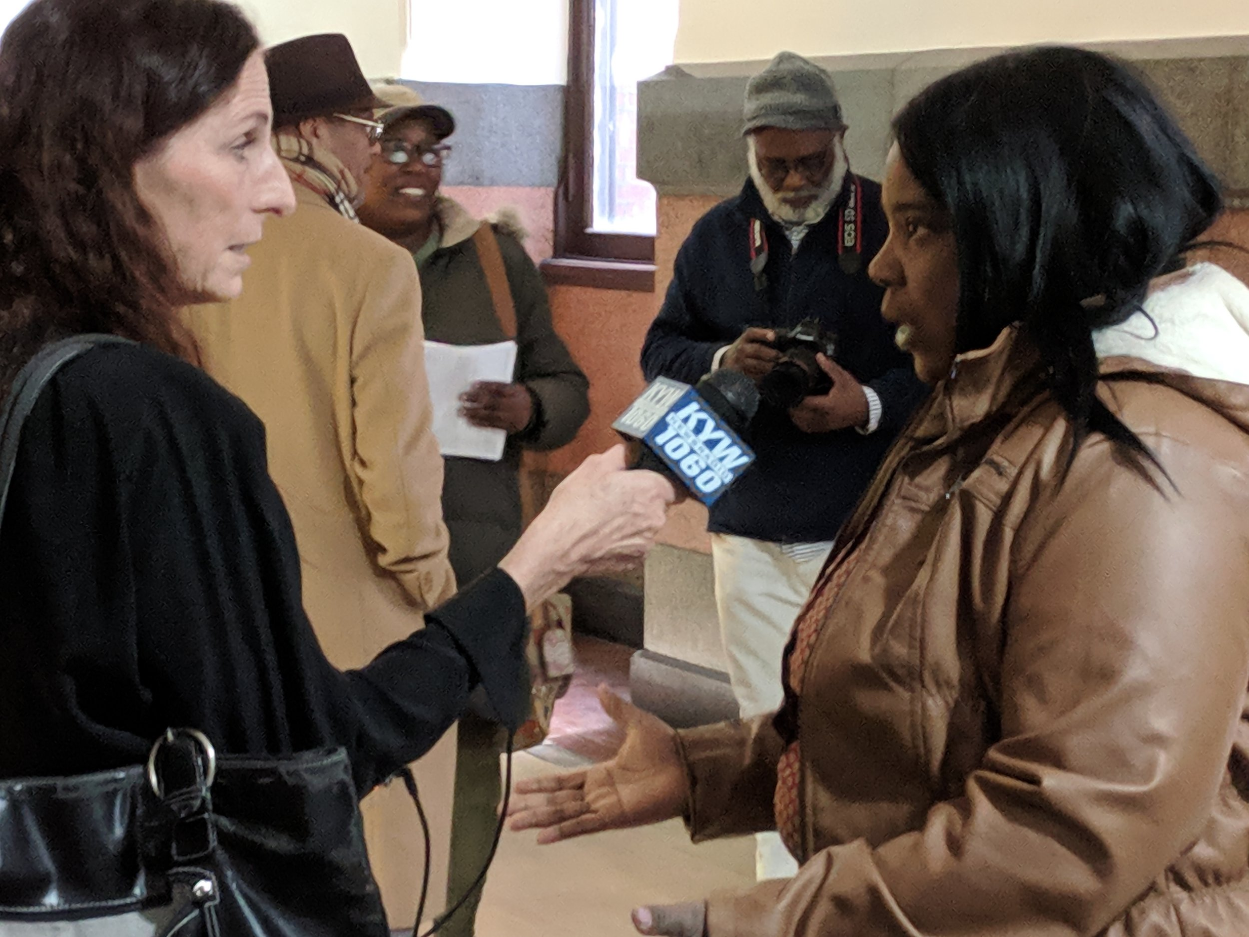 Pat Loeb of KYW News Radio 1060 interviews Carla Cain after Carla filed her petitions for City Commissioner. Read and listen      here     .