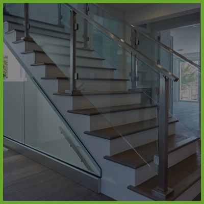 <p><strong>Specialty Railings</p>