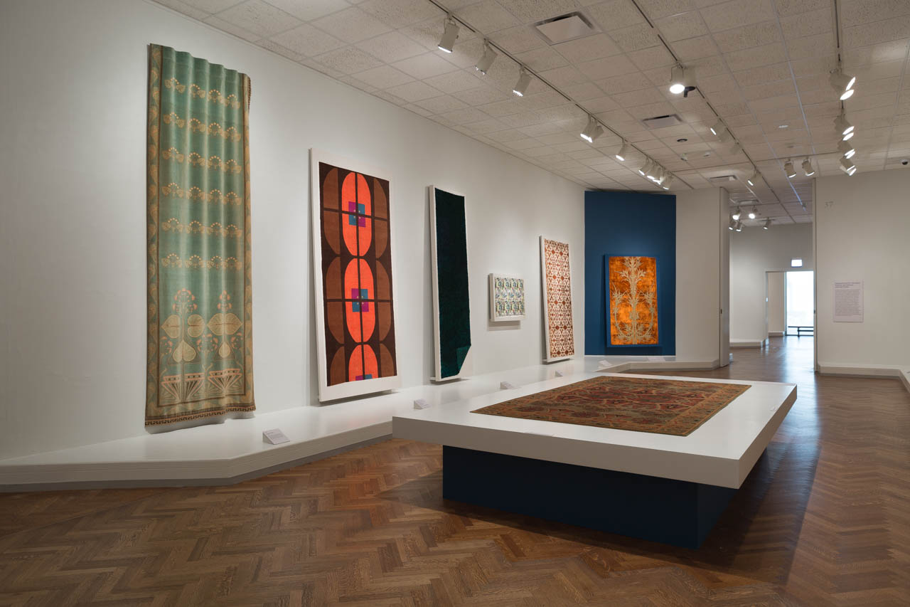 Elizabeth F. Cheney and Agnes Allerton Textile Galleries, The Art Institute of Chicago, 2016-2017.