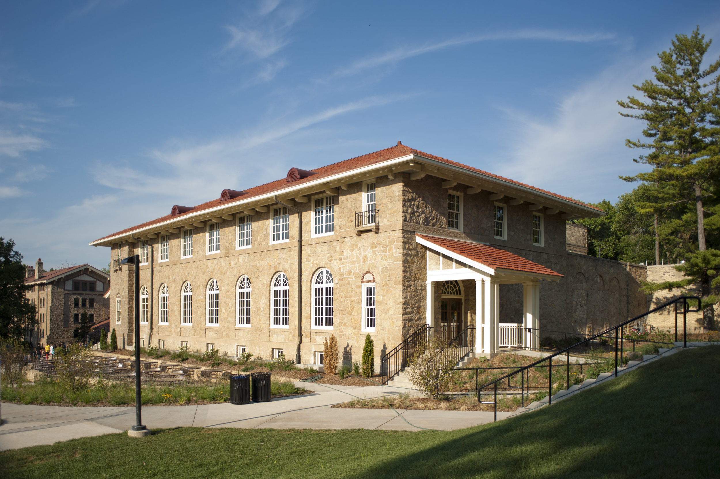 1515 Tripp Cir., Carson Gulley Center