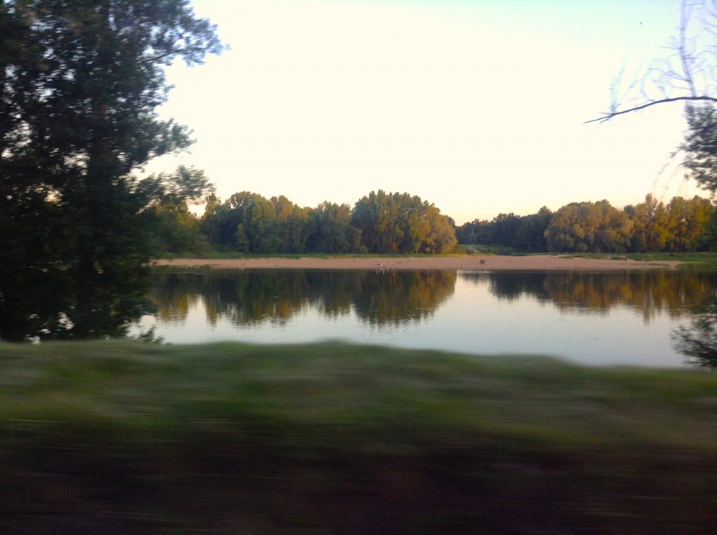 An evening journey along the Loire to Amboise–note that this is 930pm and the golden light is still bright
