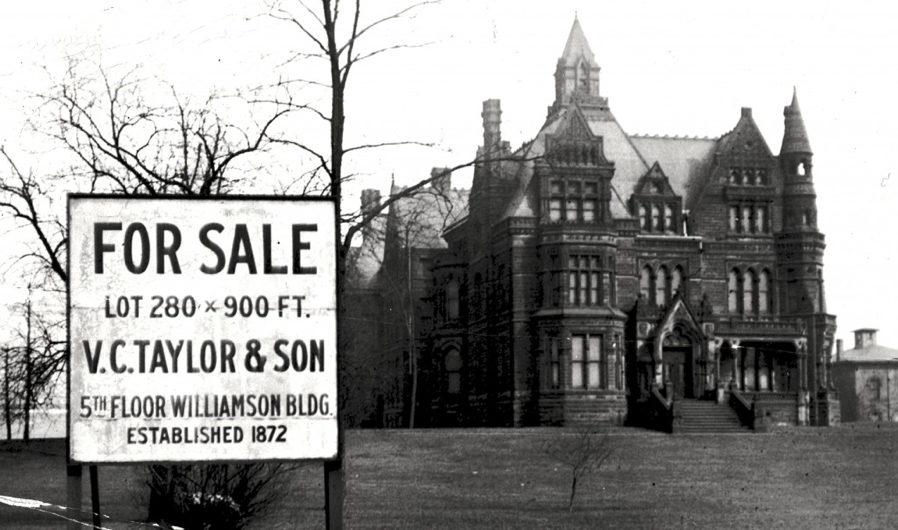 The end of an era: the Avenue saw its decline with unregulated pushes of commercial construction, taxes, pollution, crime, and the rise of the automobile and subsequent flight to the suburbs. The Andrews mansion sits empty for decades then is demolished in 1923.