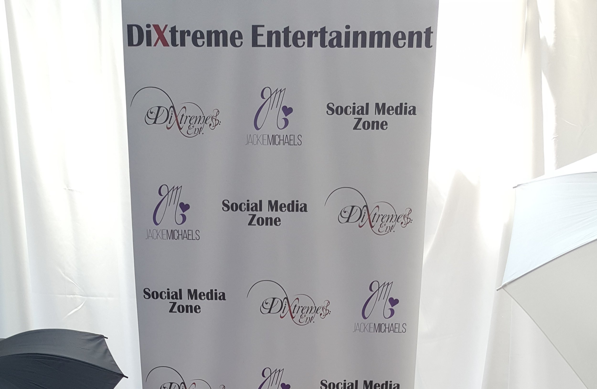 The Red CarPit Social Media Zone is design to take your already fabulous event to the next level of Extraordinary. -