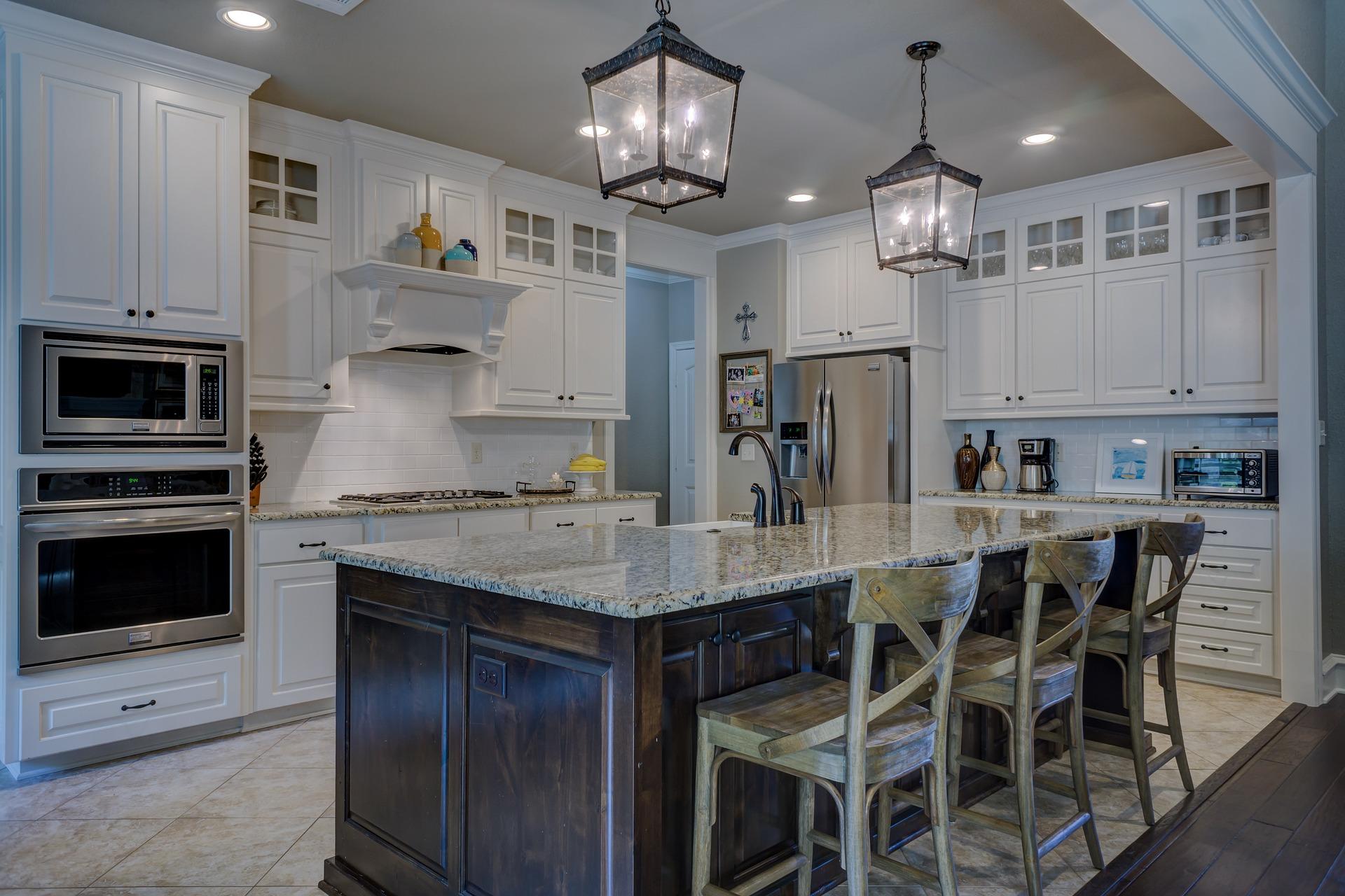 kitchen-1940174_1920.jpg