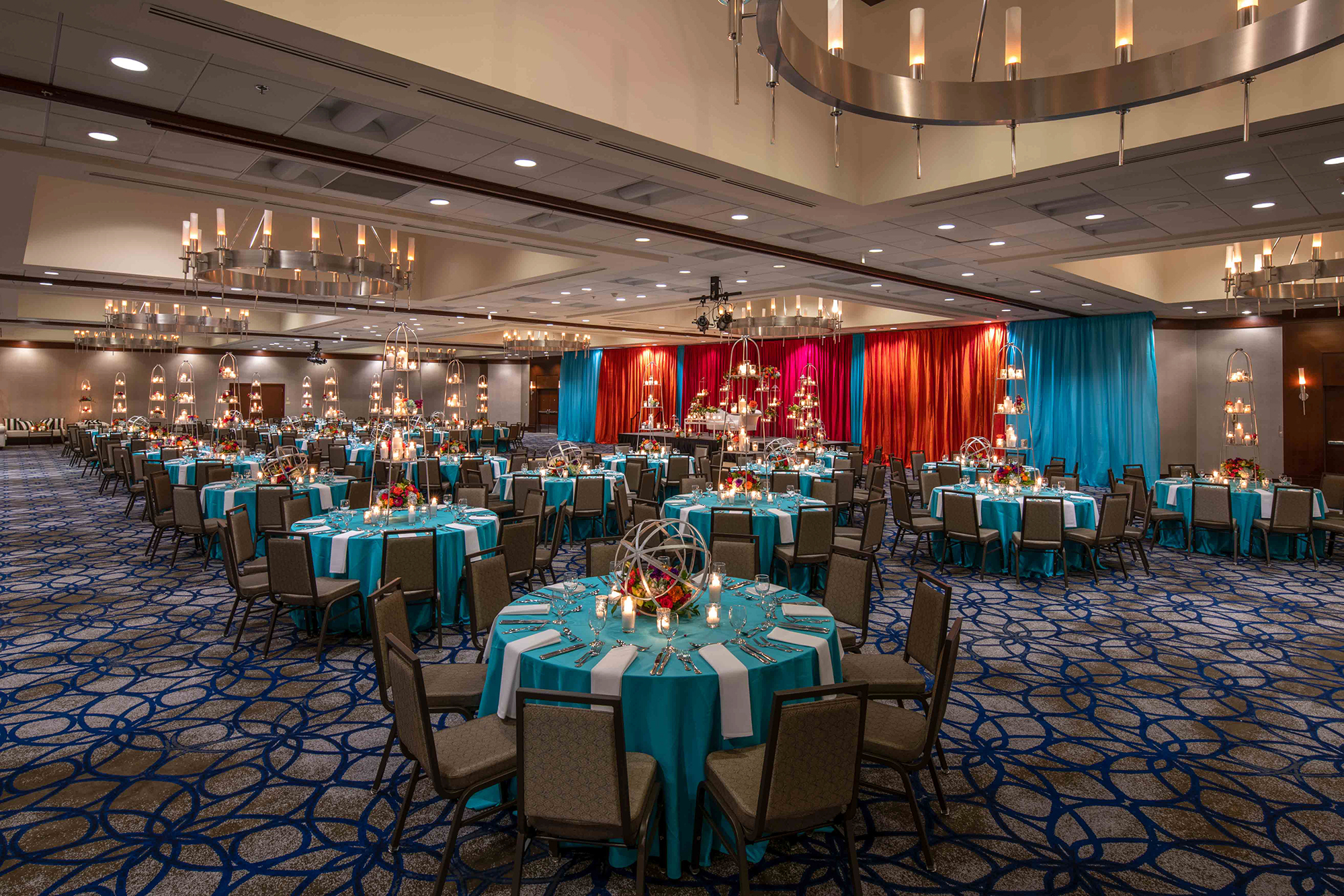 Hilton_Bellevue_Meeting_Grand_Ballroom_Wedding-0001.jpg