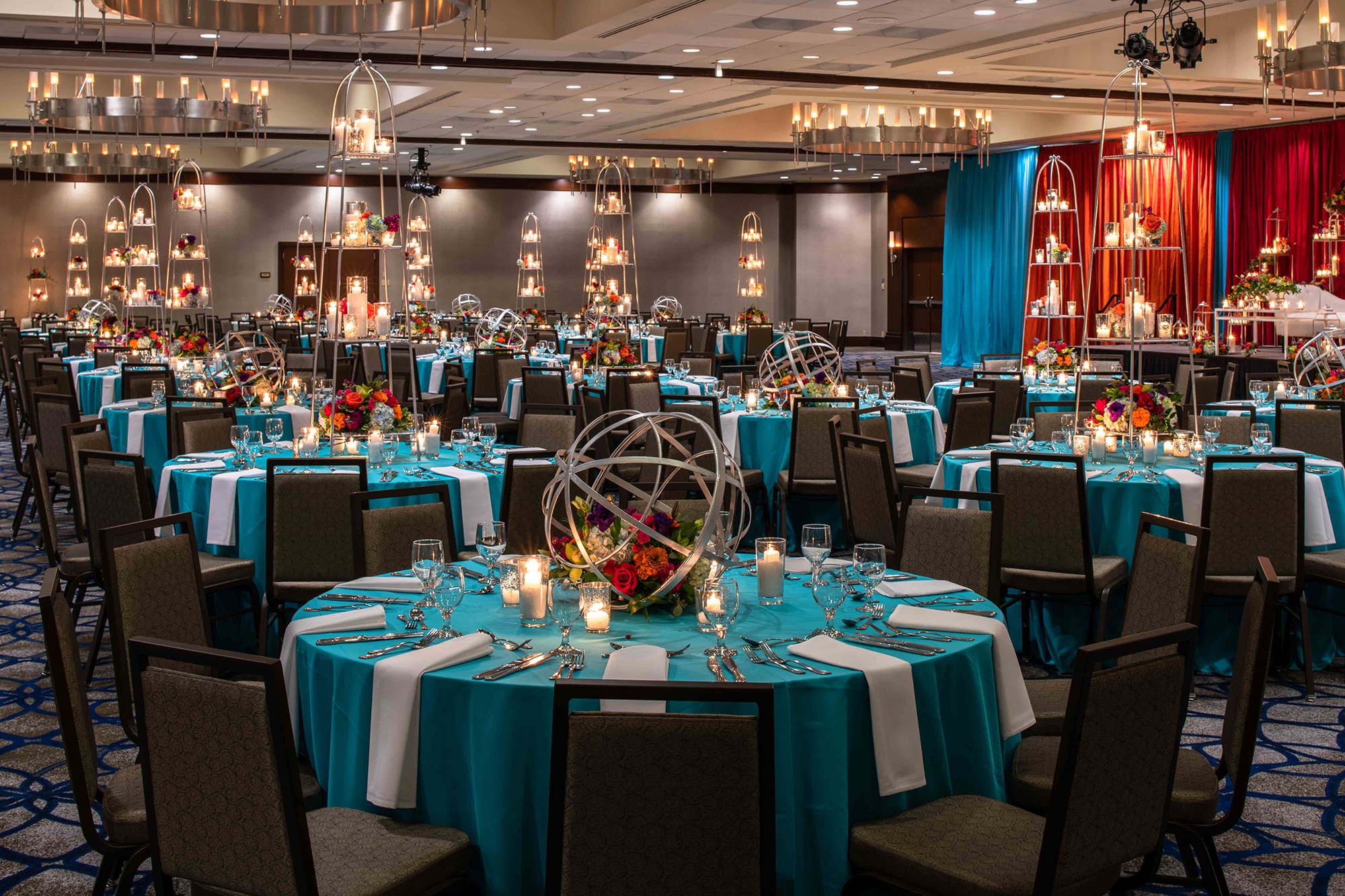 Hilton_Bellevue_Meeting_Grand_Ballroom_Wedding-0002.jpg