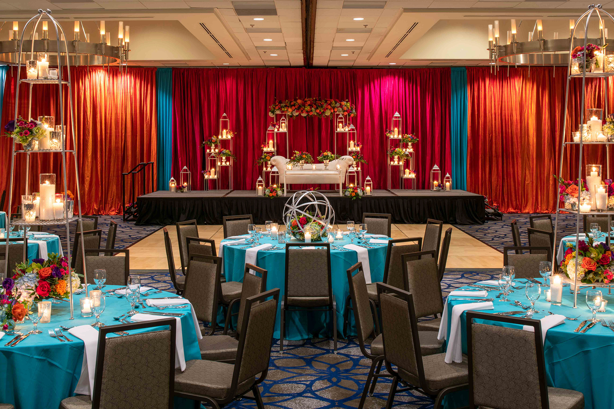 Hilton_Bellevue_Meeting_Grand_Ballroom_Wedding-0007.jpg