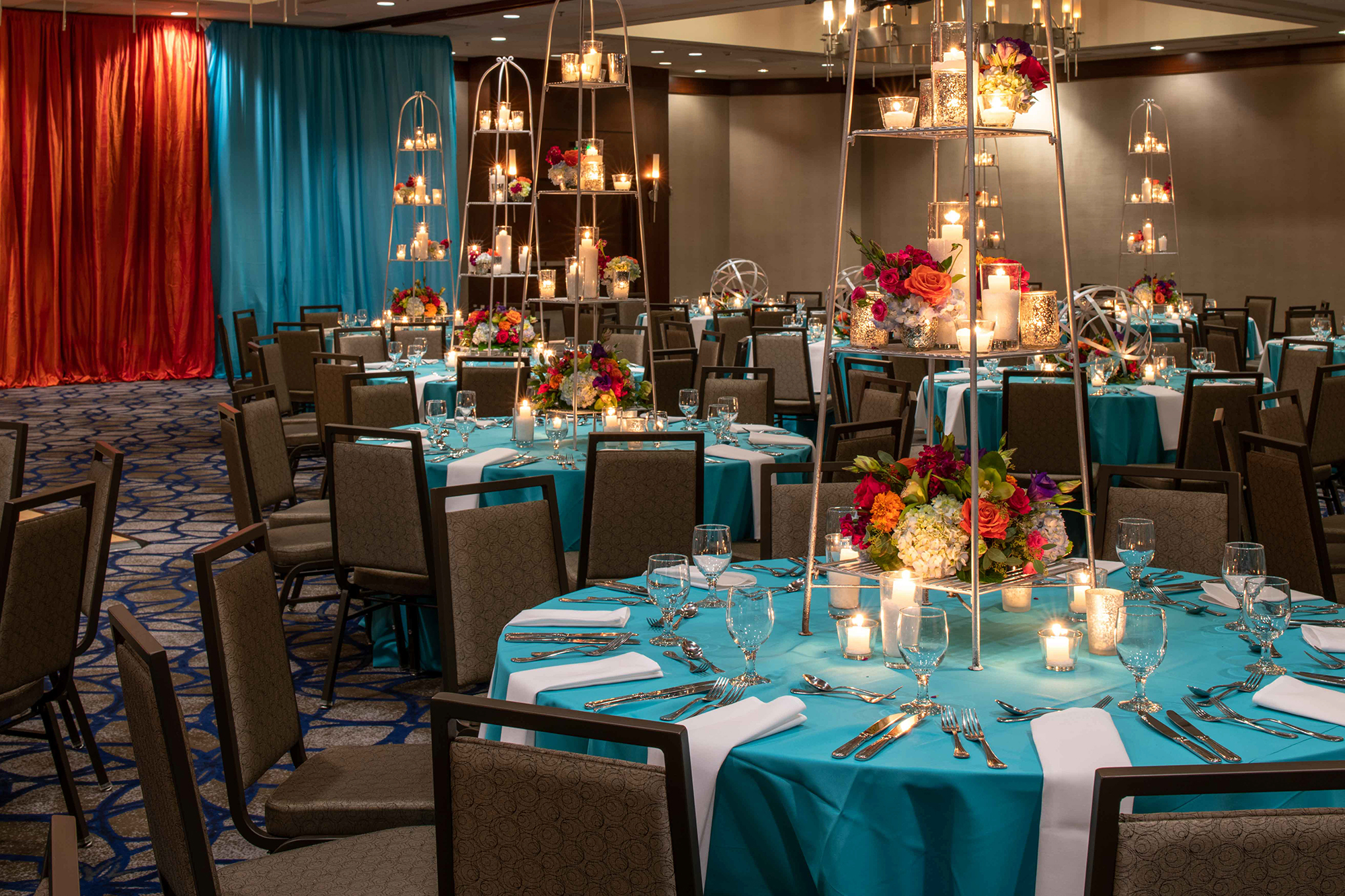 Hilton_Bellevue_Meeting_Grand_Ballroom_Wedding-0009.jpg