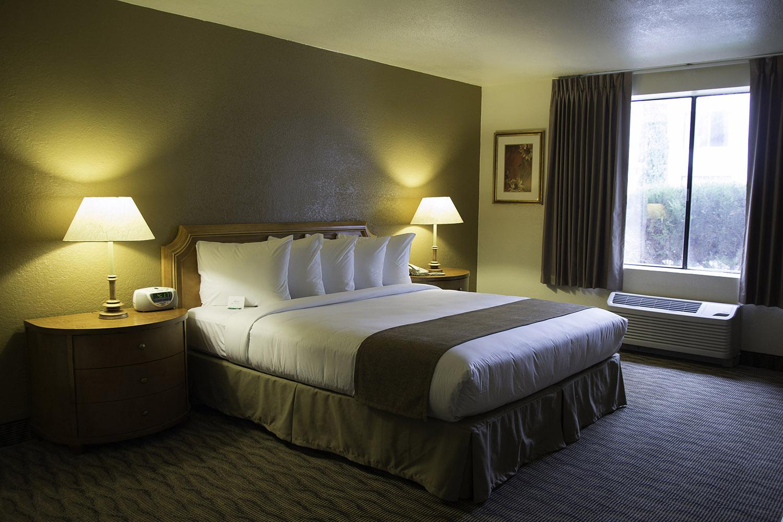 standard-room-72ppi.jpg
