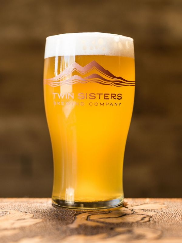 """BLONDE ALE - 4.3% ABV 