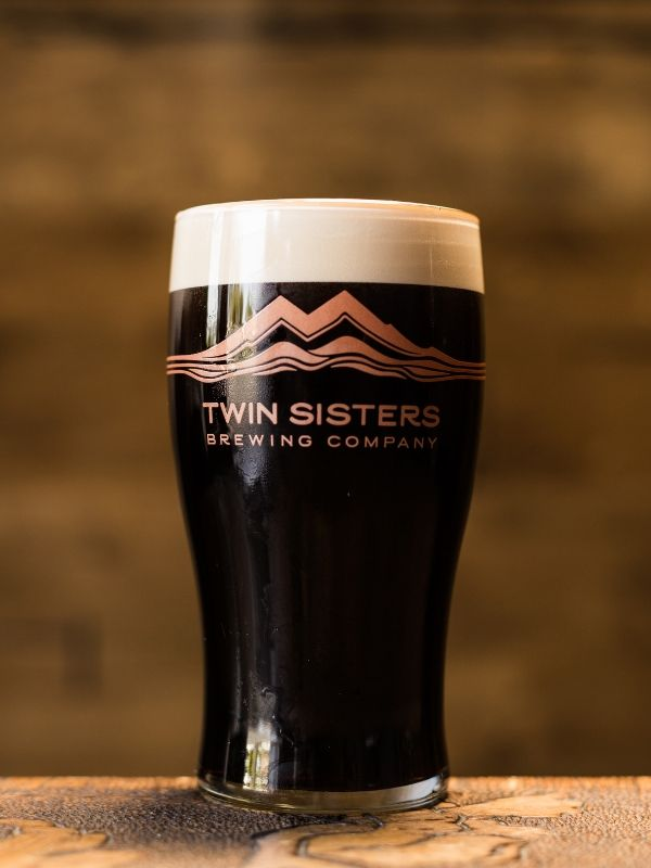 """dry stoutIrish-Style Stout served on nitro - 4.2% ABV 