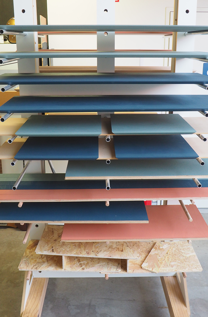 SoWatt-Osmo-Wood-Wax-Drying-Rack.JPG