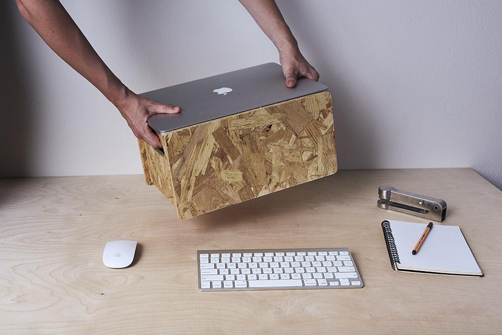 SoWatt-Plywood-OSB-Boxes-Laptop-Stand-Natural-02.jpg