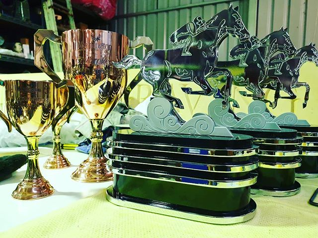 Busy night in the workshop tonight. #engraving #Trophy #horseracing #sandownpark #morningtoncup #awards #trophies