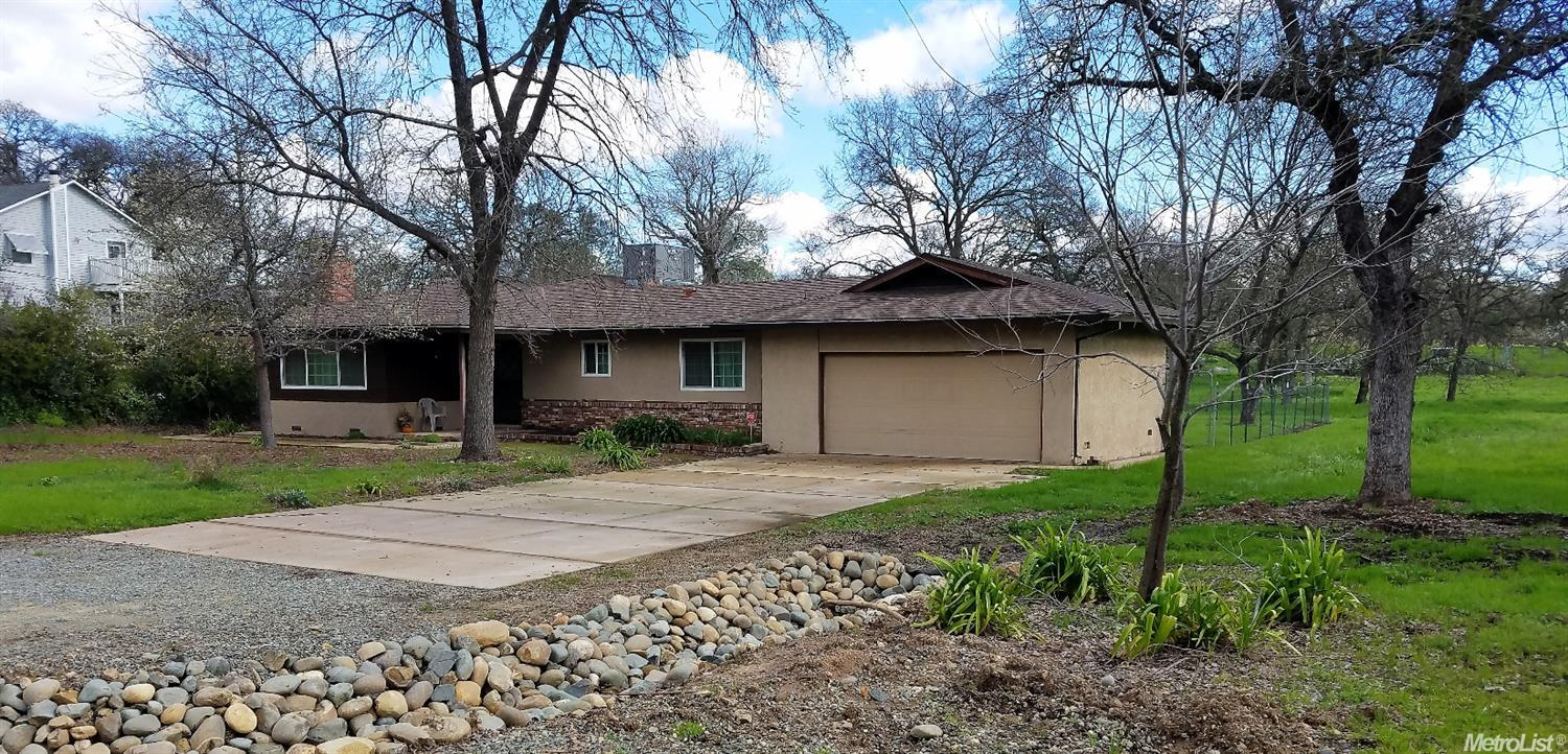 Sold $461,000 - 8030 Mountain Ave