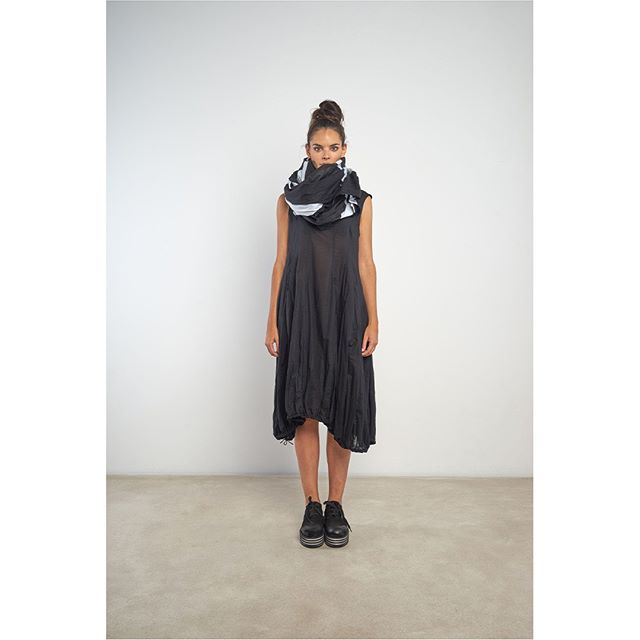 Rundholz #rundholz #rundholzteatergatan #SS19 . . . . . #antifashion #ss19 #houston #avantgardefashion #fashionkiller #conceptualfashion #houstonfashion #slowfashion #advancedfashion #layered #studiorundholz #whattowear #wearwhatyoulove #womensfashion #outfitinspo #dropcrotch #dropcrotchpants #styleatanyage #houston #riveroakshouston #shoplocalhouston#florescent #blackdress #pockets