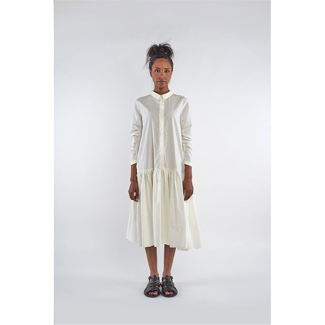 White dress by Rundholz #rundholz #rundholzteatergatan . . . . . #antifashion #ss19 #houston #avantgardefashion #fashionkiller #conceptualfashion #houstonfashion #slowfashion #advancedfashion #layered #studiorundholz #whattowear #wearwhatyoulove #womensfashion #outfitinspo #styleatanyage #houston #riveroakshouston #shoplocalhouston #neon #florescent #whitedress #whitelinnennightheights #pockets