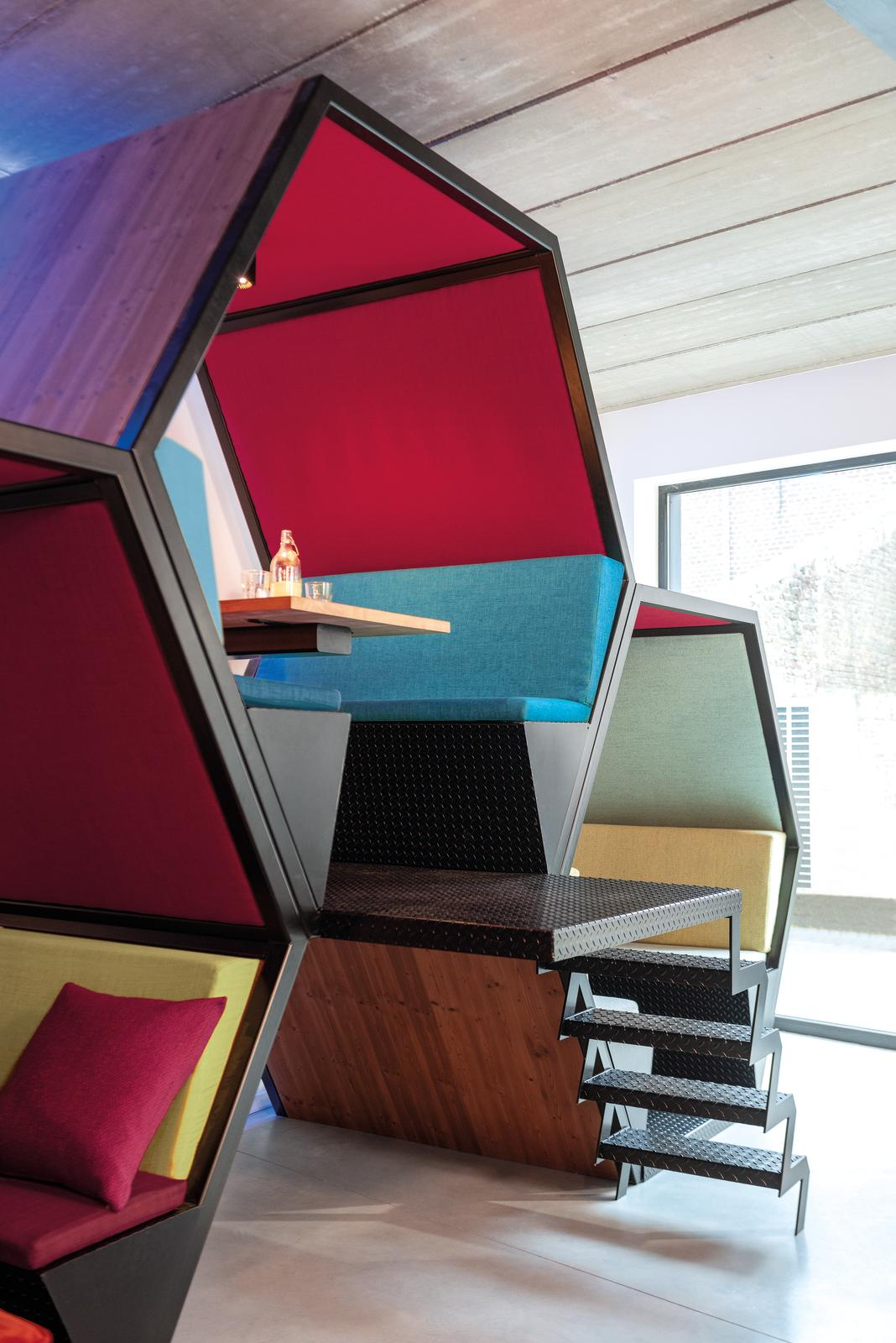 Upgrade your work space - the futura collection