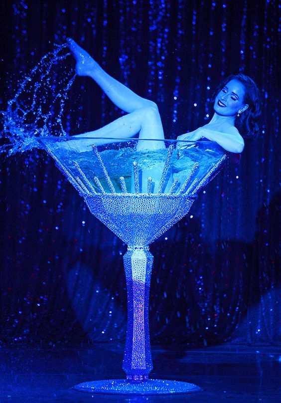 TN-blue-dita-champagne-glass.jpg