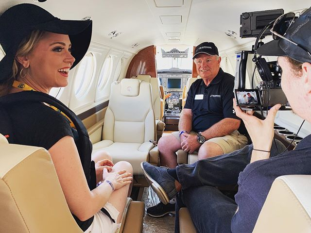 Filming @eaa with @blackhawkaerospace on a private jet. #cruisinwithkendra #eaa #filming #airplane #privatejet #privateplane #carshow #cars #carspotting #kendrasommer
