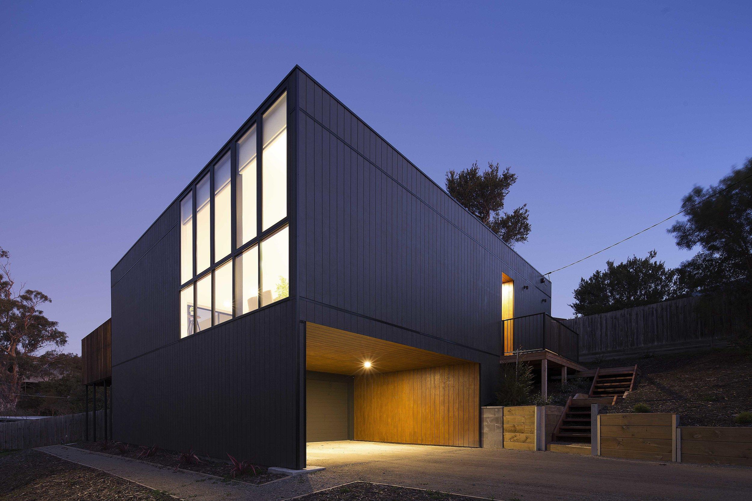 Pitch_Architecture_Black Box House_1
