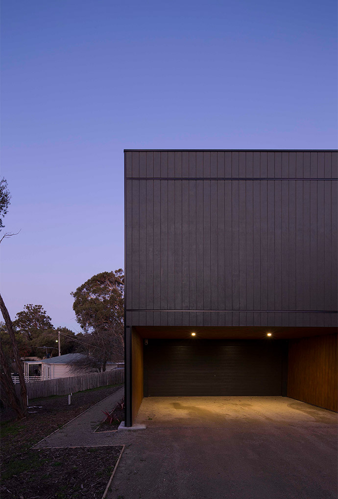Pitch_Architecture_Black Box House_3
