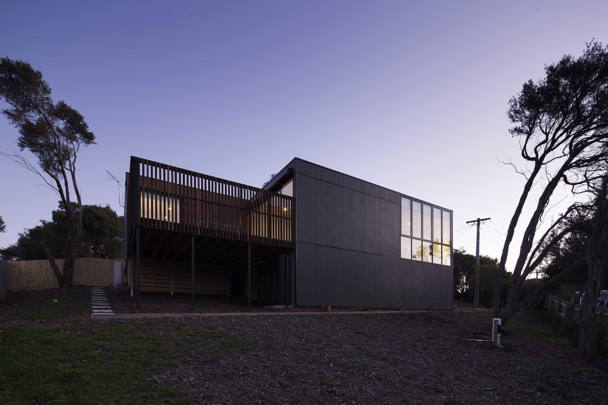 Pitch_Architecture_Black Box House_2
