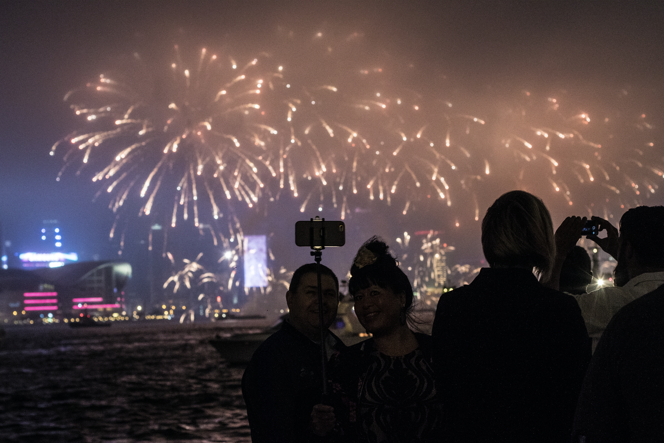 come with us on boat party on hong kong New Years eve
