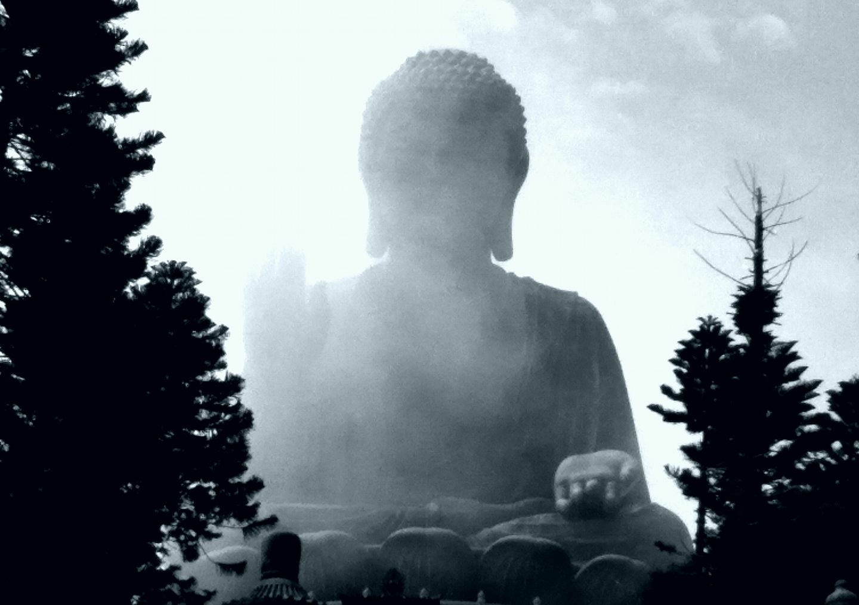 One of the lantau island things to do is a big buddha tour hong kong