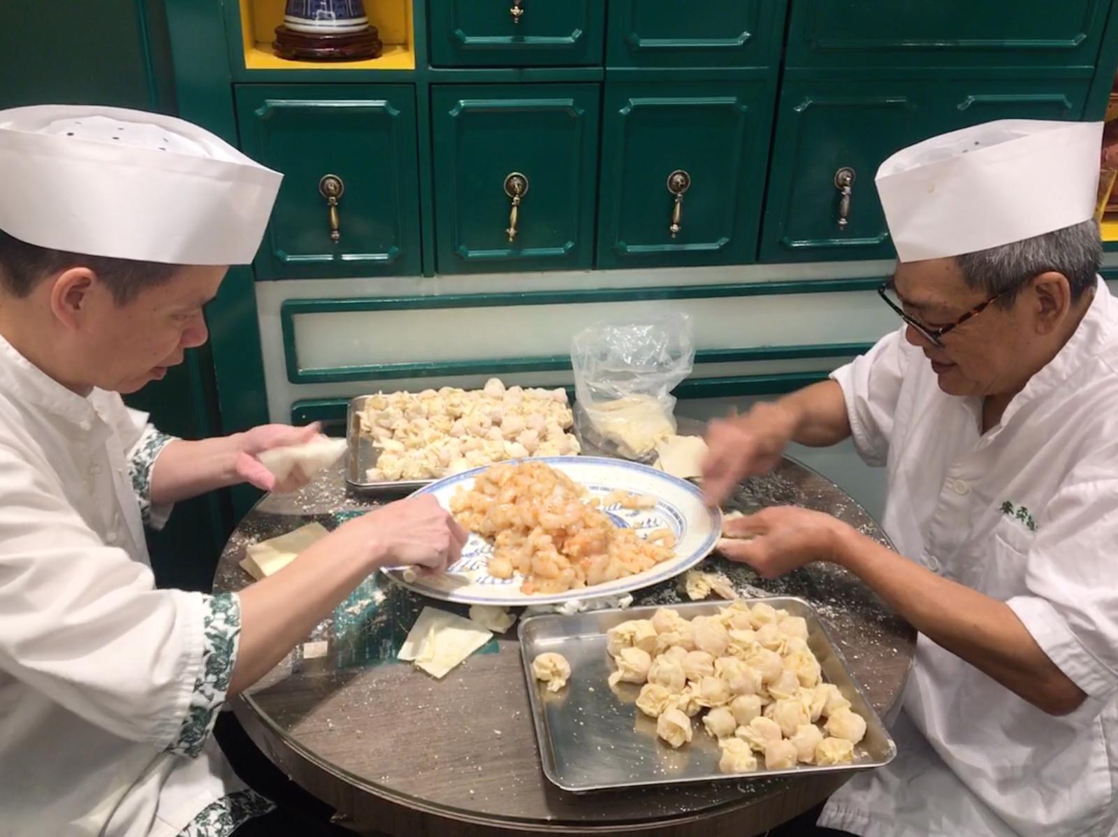 ask your tour guide hong kong to take you to a wonton noodle shop
