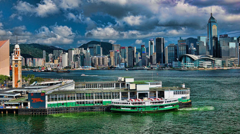 star-ferry-hong-kong-skyline-airport-layover-tour.jpg