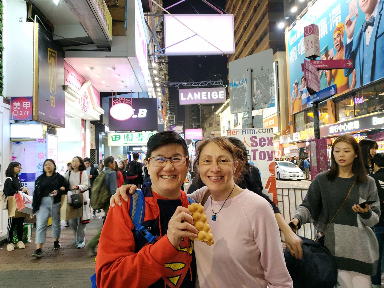 hello-hong-kong-night-tour-visitors9.jpg