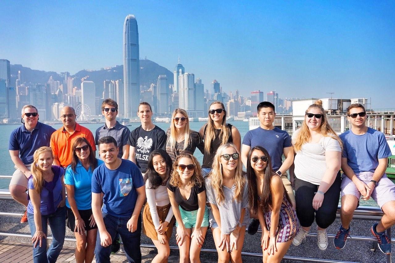 hello-hong-kong-private-tour-visitors10.jpeg